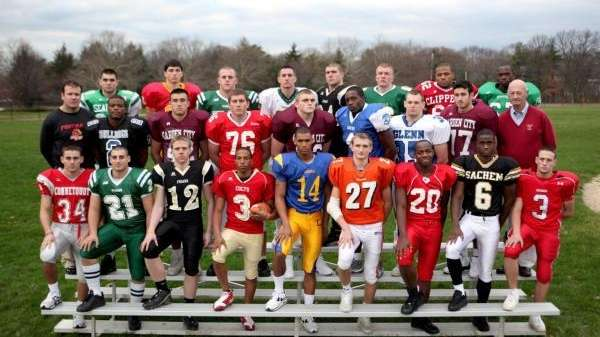 Newsday's 2009 all-Long Island football team.