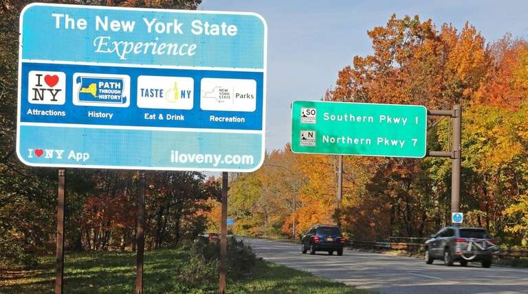 One of the New York State tourism signs
