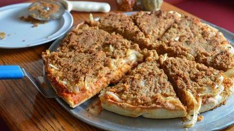 The old fashioned Sicilian pizza, with sauteed onions,