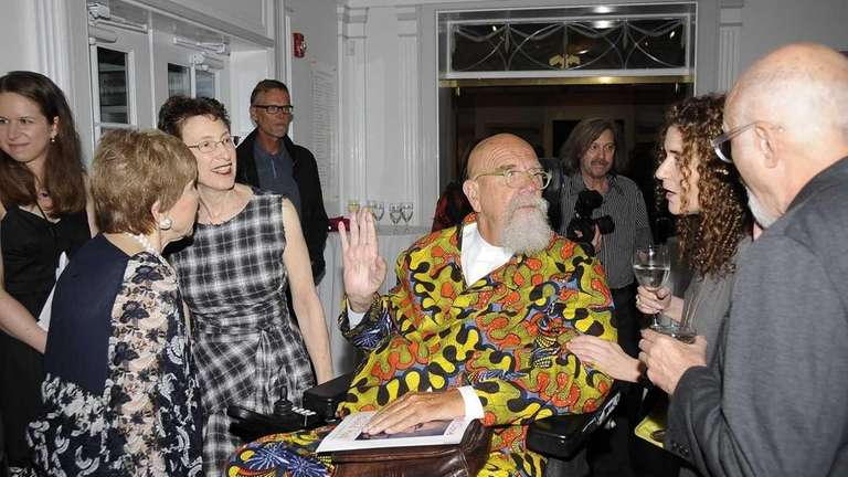 Chuck Close arrives at the Guild Hall Summer