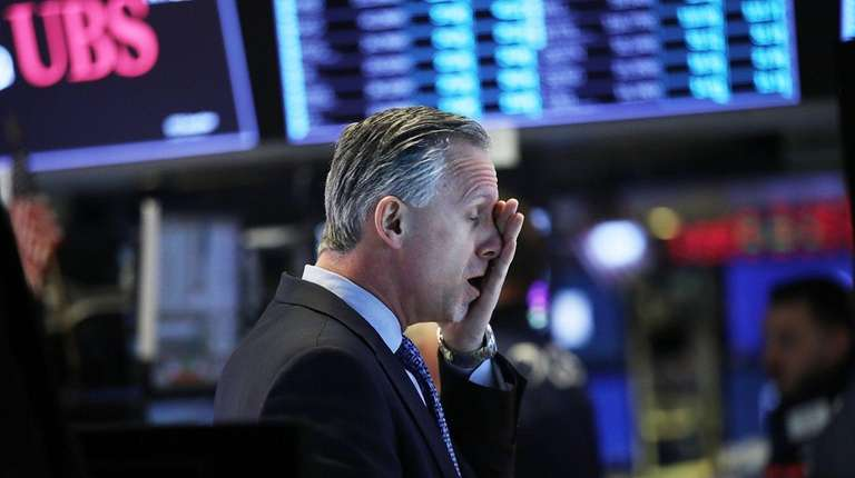 Stocks take another tumble, Dow dives more than 1000 points