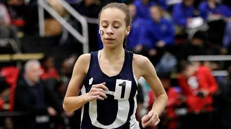 Oceanside's Andria Scaglione takes the girls 3,000-meter run