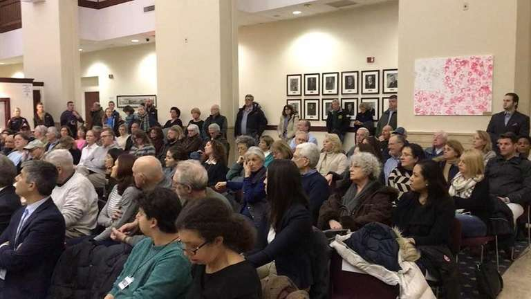 The Glen Cove City Council held a four-hour
