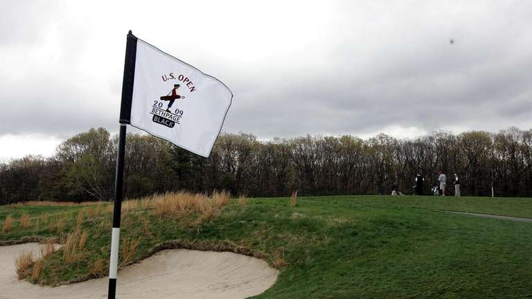 A flag on the Black Course of Bethpage