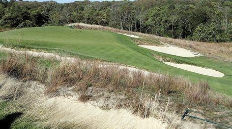 The 11th green at Shinnecock Hills Golf Club,