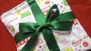 The Eco Christmas Gift Wrap is a small,