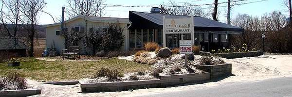 La Plage Restaurant in Wading River
