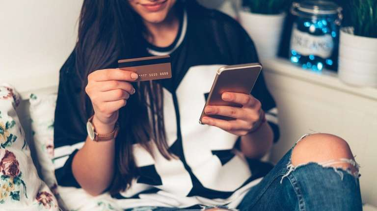 A credit card expert says parents who give