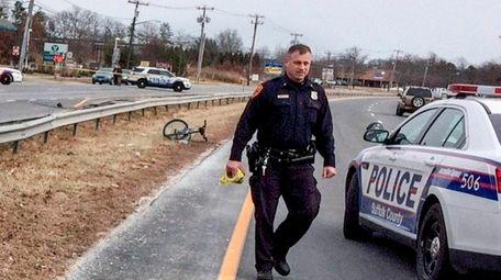 Suffolk police investigate a crash involving a bicyclist