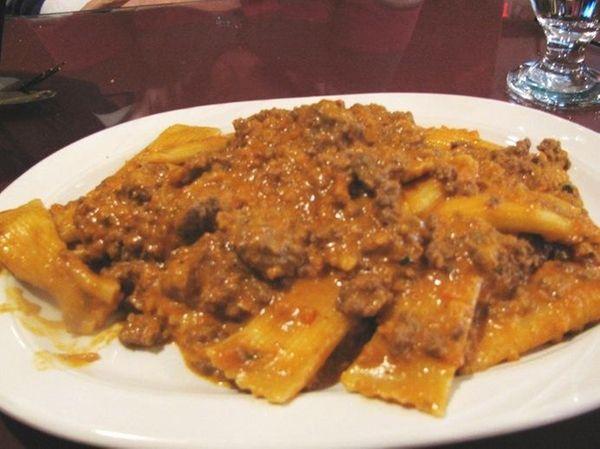 Stuffed rigatoni in Bolognese sauce at Fanelli's in