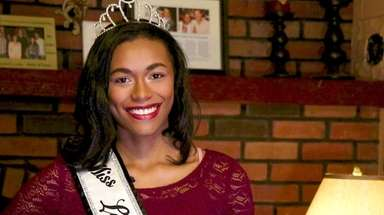 Miss Long Island Teen 2018 Alexa Cox is