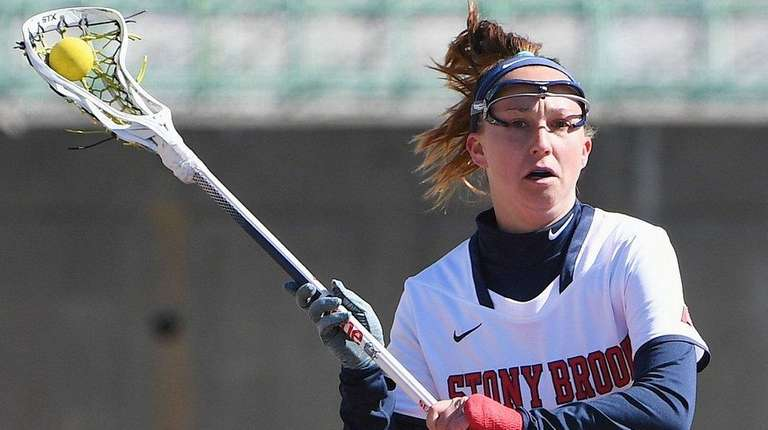 Stony Brook's Courtney Murphy in a women's lacrosse