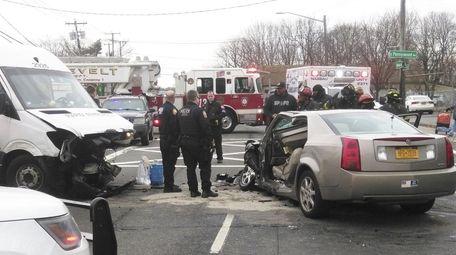 Scene of crash in Roosevelt involving commercial truck
