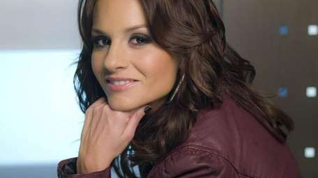 Kara DioGuardi is back for a second year