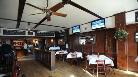 Declan Quinn's bar and restaurant at 227 Fourth