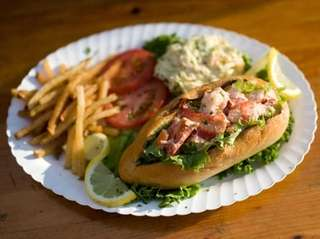 The lobster roll at Artie's South Shore Fish