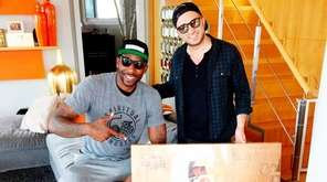 Retired Knicks player Amar'e Stoudemire, left, with artist