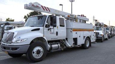 PSEG crews in Roslyn set out for Florida