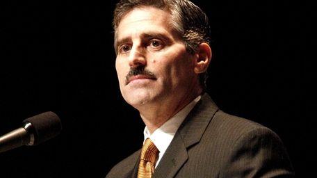 Suffolk County Executive Steve Levy (Nov. 20, 2009)