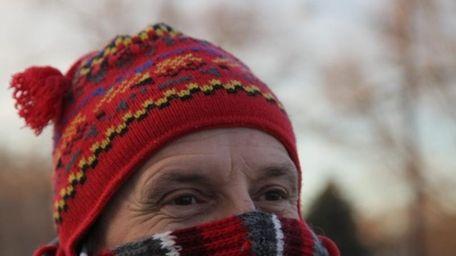 Bill Theirfelder of Oakdale walks in the cold