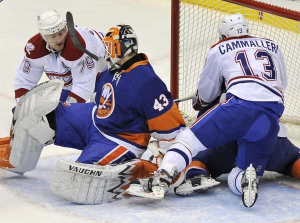 Montreal Canadiens' Andrei Markov (79) shoots the puck