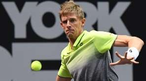 Kevin Anderson, the top seed, returns to No.