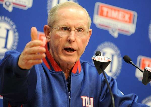New York Giants head coach Tom Coughlin talking