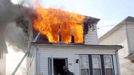 The fire that left a Uniondale family of