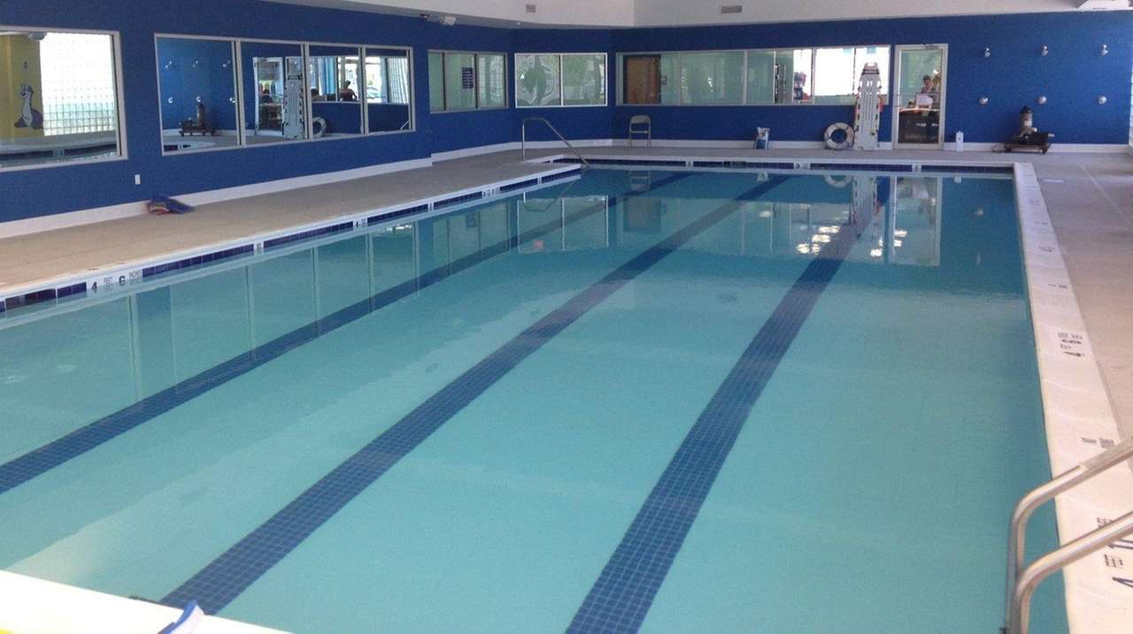 Saf t swim melville opening in march newsday for Levittown pools swimming lessons