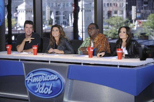 Guest judge Shania Twain, second from left, joins