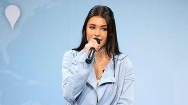 Madison Beer performs at The Newseum in Washington,