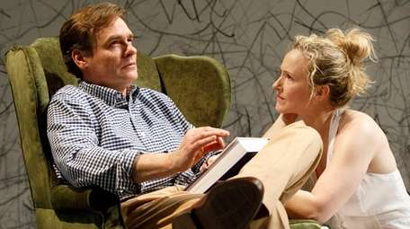 Robert Sean Leonard and Katie Finneran play husband