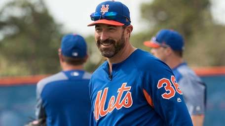 Mets manager Mickey Callaway looks on during a