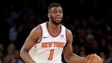 Emmanuel Mudiay of the Knicks controls the ball