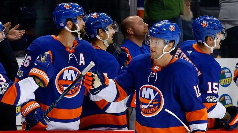 New York Islanders: What Re-Signing Josh Bailey Means For The Team