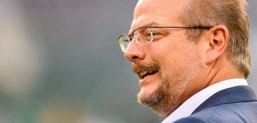 Jets GM Mike Maccagnan before a game against
