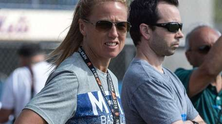 Mets nutritionist Maureen Stoecklein and director of performance
