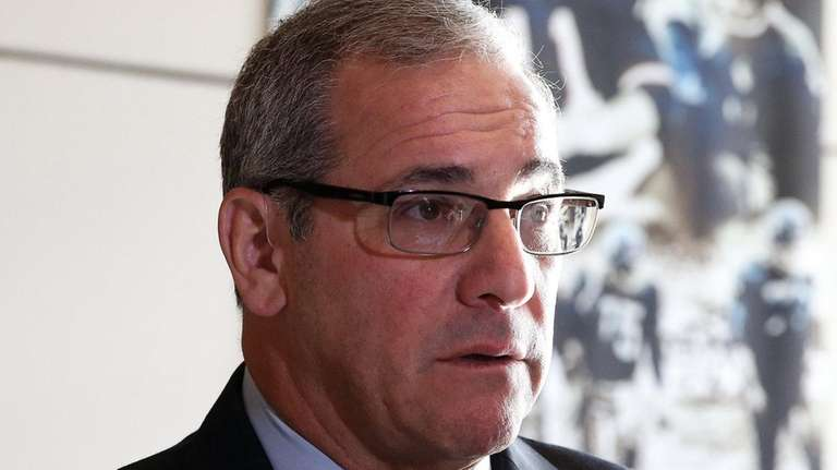 New Giants GM Dave Gettleman talks to media