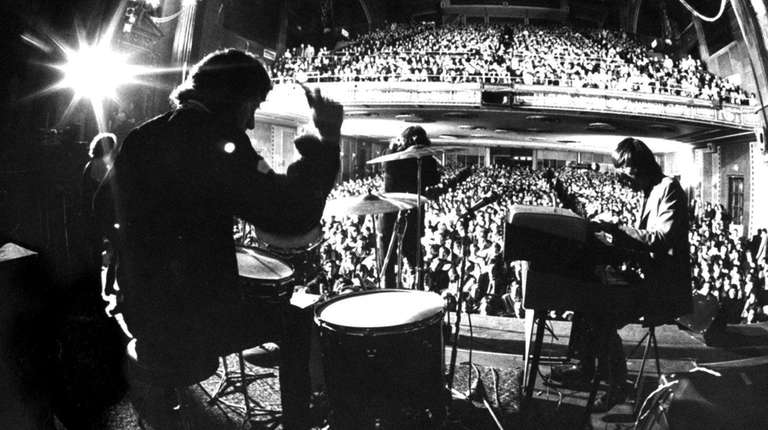 The Doors played Fillmore East in March 1968.