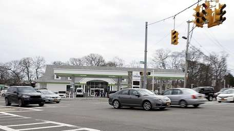 A new Cumberland Farms is set to open