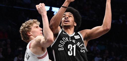 Brooklyn Nets center Jarrett Allen looks to shoot