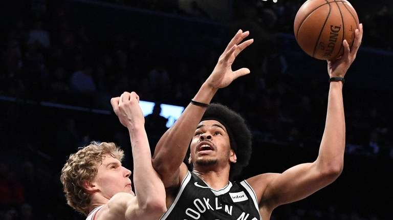 Brooklyn Nets center Jarrett Allen looks to shoot