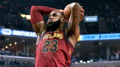 Cleveland Cavaliers forward LeBron James against the Memphis