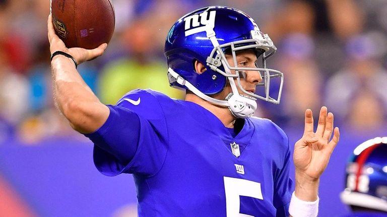 Davis Webb #5 of New York Giants looks