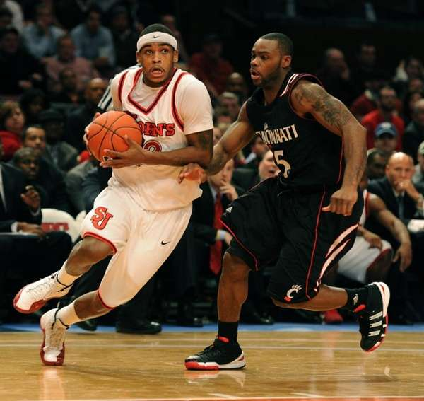 St. John's Red Storm's Dwight Hardy driving the
