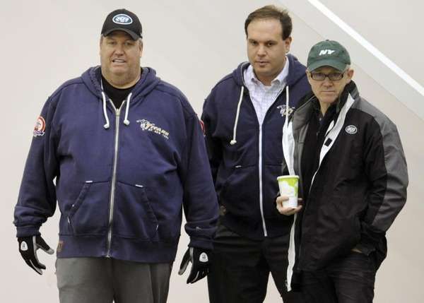 New York Jets coach Rex Ryan, left, general