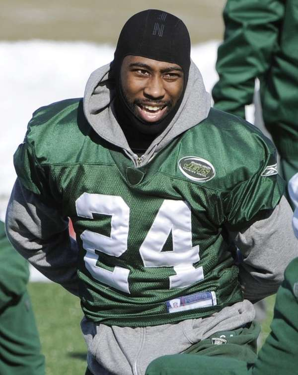 New York Jets cornerback Darrelle Revis stretches during