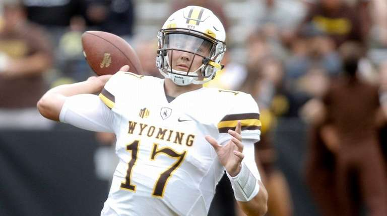 NFL Combine: Wyoming QB Josh Allen gushes about Giants' Pat Shurmur