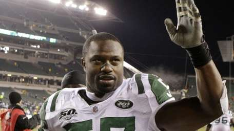 Jets linebacker Bart Scott, who lost in the