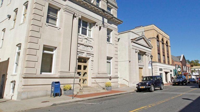 Glen Cove City Hall on Glen St. on